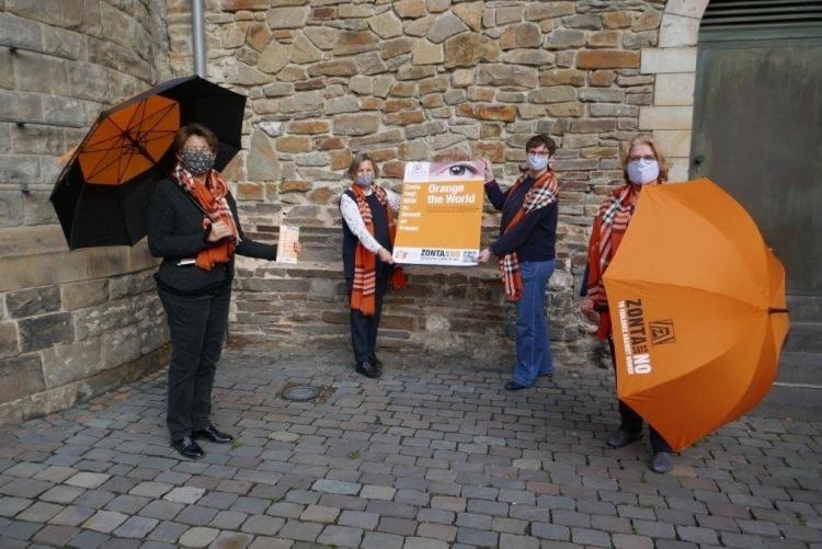 (von links) Walburga Haueis-Liegl/Elisabeth Auchter-Mainz (ZC Aachen), Sabine Bausch/Heidemarie Ernst (Stadt Aachen)     © Walburga Haueis-Liegl, ZC Aachen